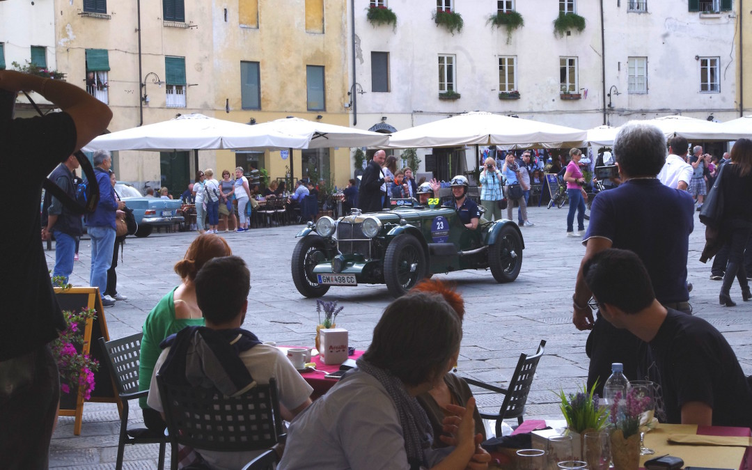 "Terre di Canossa rally with ""strikingly beautiful classic cars"""