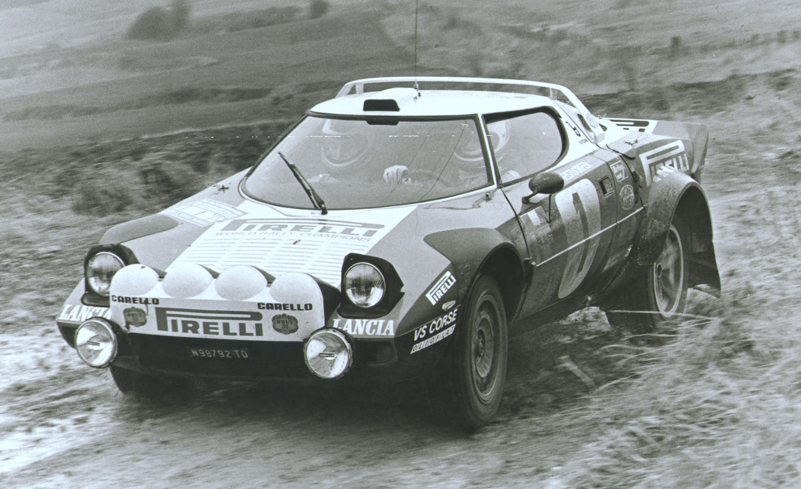 LHA083-Stratos-Rally-Version-1972-1975.j
