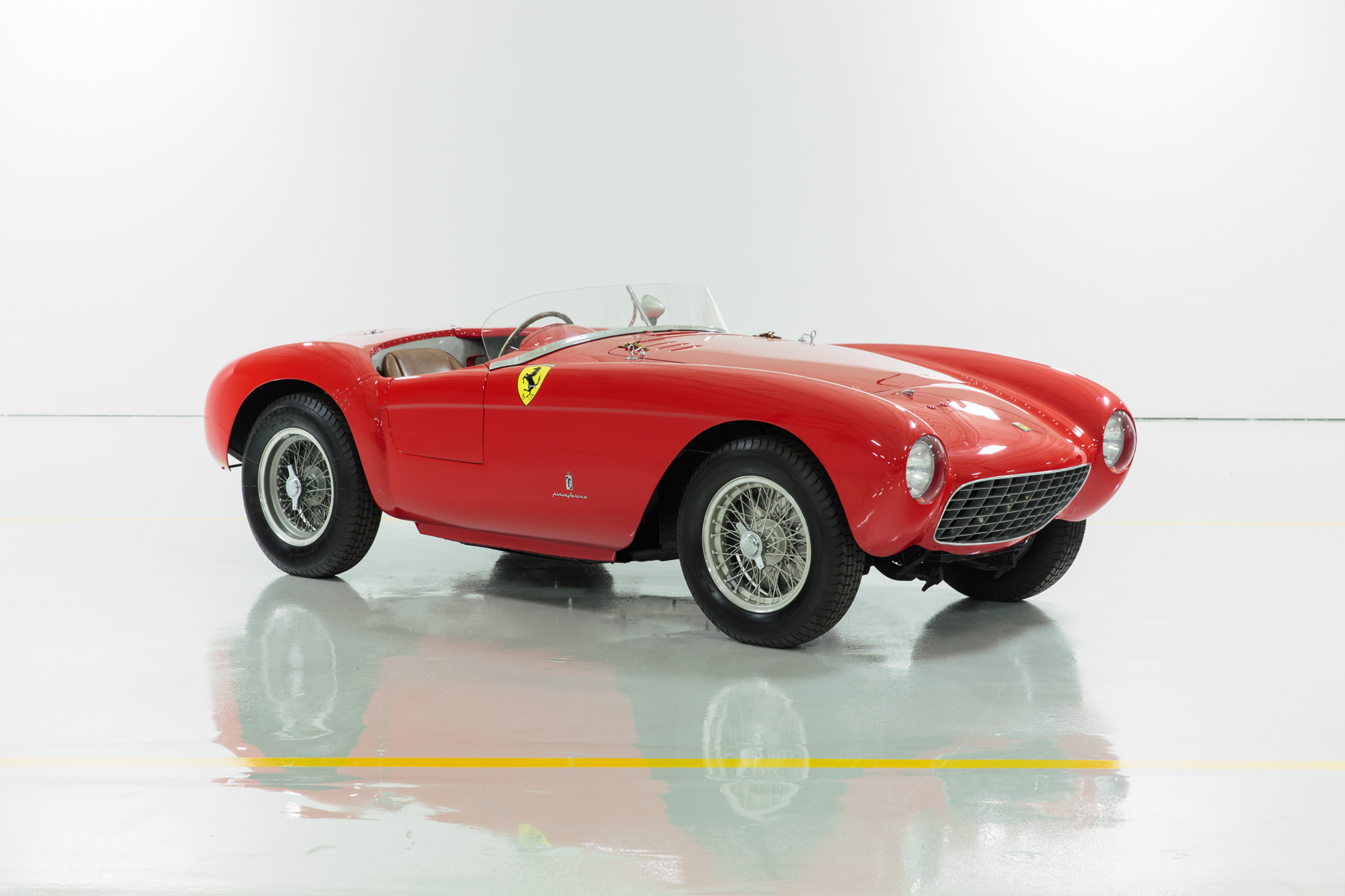 1954_Ferrari_500_Mondial_Series_I-4_MM